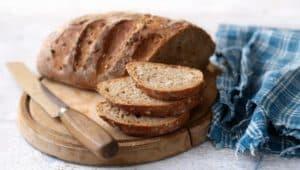 10 Beneficios de salud consumiendo pan integral